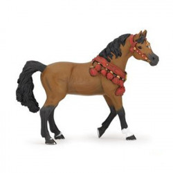 Figurine cheval arable en tenue de parade