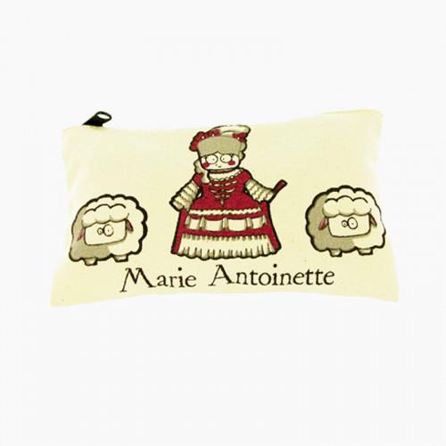 Trousse enfant bio « Marie-Antoinette et ses moutons »