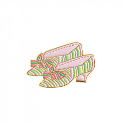 "Court shoes Pin's ""Bonjour..."