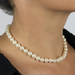 Queen pearls's necklace