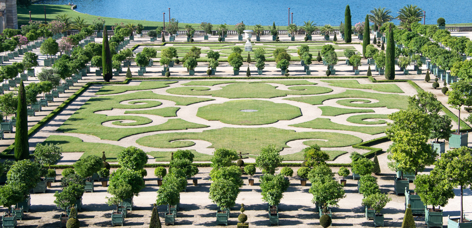Jardin design photo elegant jardin design photo with - Mobilier jardin guadeloupe versailles ...